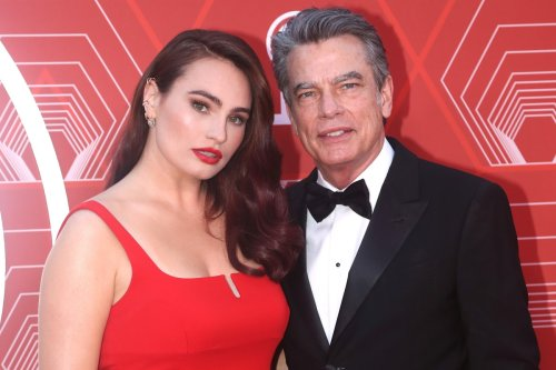 Peter Gallagher attends Tony Awards with nominee daughter Kathryn