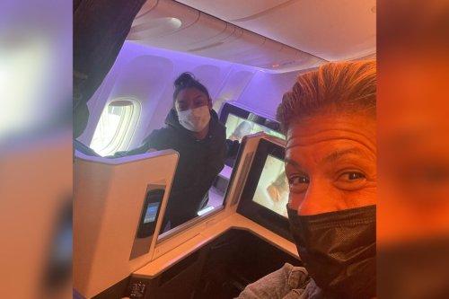 Hoda Kotb runs into Simone Biles on flight home from Tokyo Olympics