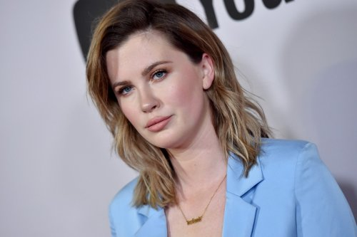 Ireland Baldwin poses in bikini: 'Stop worrying about what others think of you'