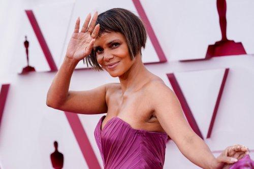 Halle Berry debuts choppy bob haircut at the 2021 Oscars, sparks memes