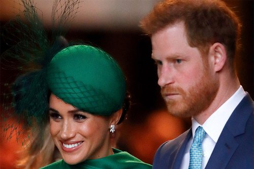 Palace aides want Prince Harry and Meghan Markle to give up royal titles: report