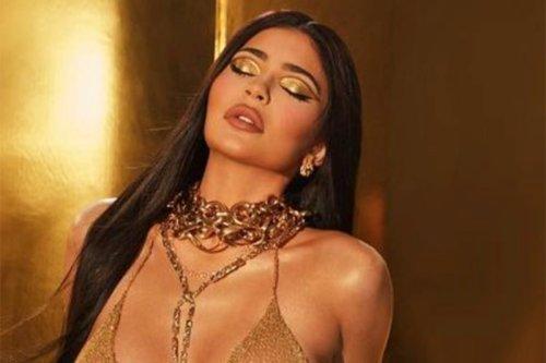 Kylie Jenner shimmers in '24-karat gold' chain bikini