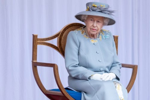 Queen Elizabeth celebrates her 95th birthday with Trooping the Color parade
