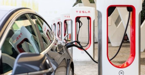 Tesla China's First Super Charging Station Integrating Energy Storage and Charging Landed in Lhasa - Pandaily