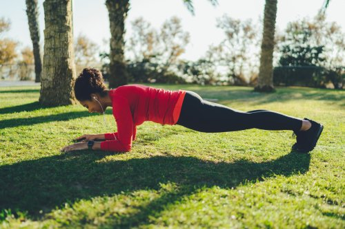 New Research Says 60 Seconds of Exercise Can Offset 14 Minutes of Sedentary Activity—Here Are 10 One-Minute Workouts to Try