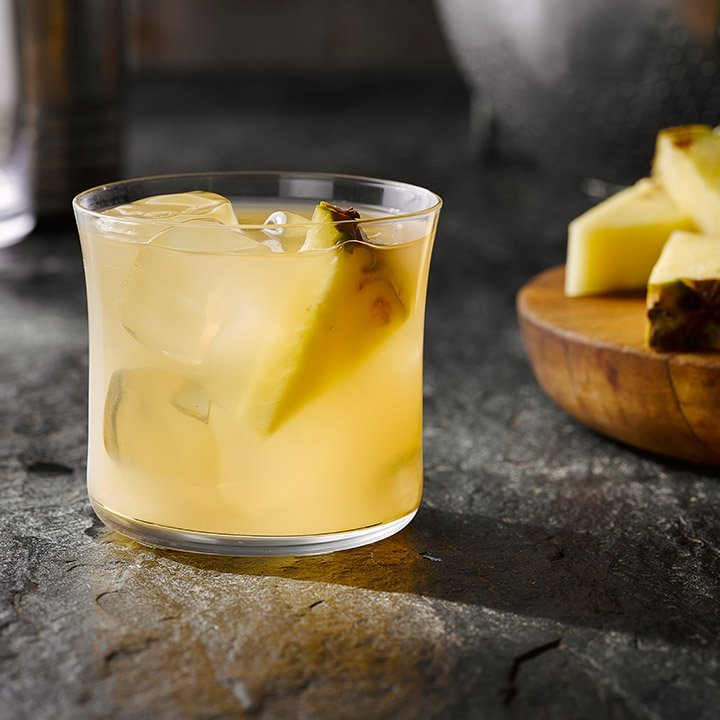 8 Summer Don't Go Cocktail Ideas Made For Labor Day Parties