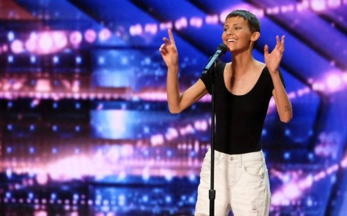 Watch the 'Absolutely Stunning' Act That Earned Simon Cowell's Golden Buzzer on America's Got Talent Last Night
