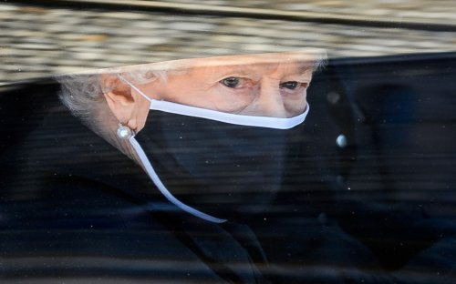 Queen Elizabeth Says Goodbye to Beloved Husband Prince Philip with Note on His Coffin