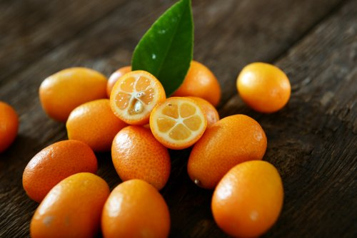 12 Nutrient-Packed Fruits That Can Help You Lose Weight