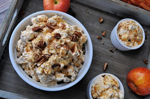 This Easy Caramel Apple Fluff Recipe is Instant Fall Flavor in a Bowl