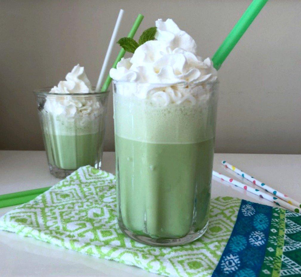 Copycat Starbucks Matcha Green Tea Frappuccino