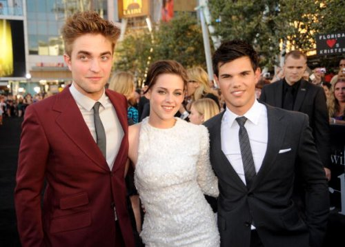 Bella and Edward (and Jacob) Forever! How to Watch the Twilight Movies in Order