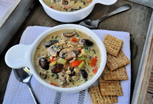 Warm Up With a Bowl of Creamy Mushroom Barley Soup That Will Leave You Wanting More