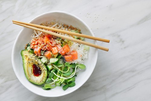 Nutritionists Break Down Exactly Why Emily Mariko's Salmon Bowl is #HealthGoals On a Plate