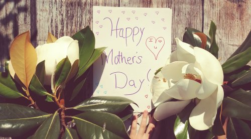 30 Crafty Homemade DIY Mother's Day Card Ideas If You're Wondering How To Make A Mother's Day Card