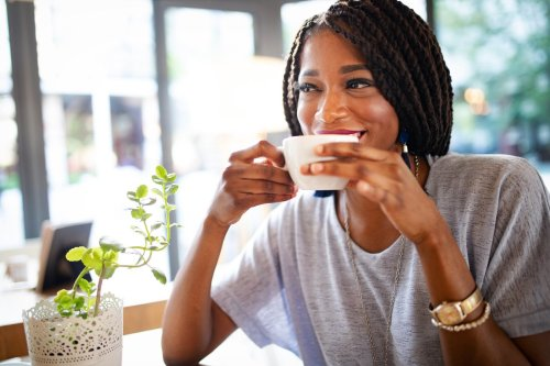 Looking to Quit Caffeine? These Are the 15 Healthy Alternatives Experts Swear By