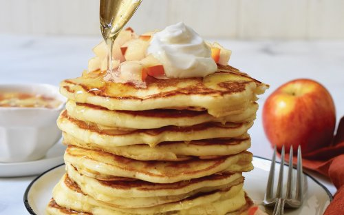 Fall-Fresh Apple Pancakes Are An Easy Breakfast No One Will Say No To