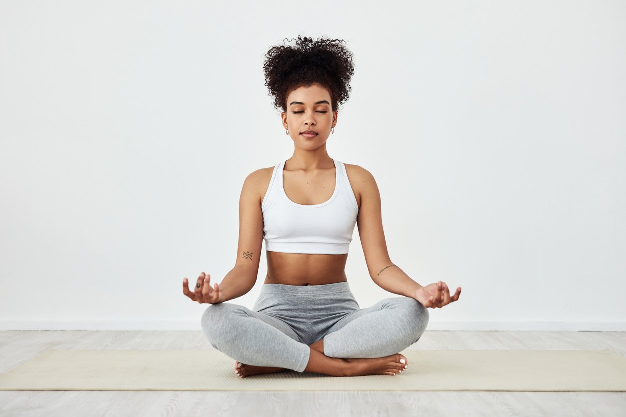Living With Anxiety Is Uncomfortable, Breathing Exercises Can Help—Here Are 10 to Start With