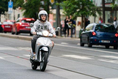 Paris : le stationnement sera payant pour les scooters et motos dès 2022