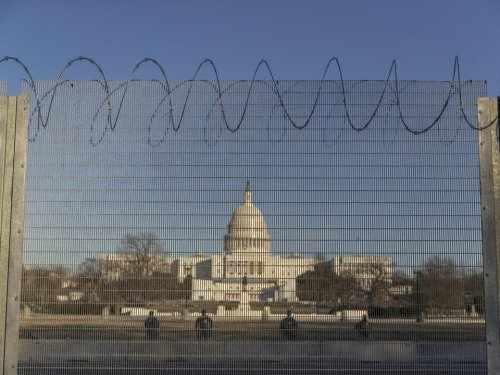 Christian minister sues Nancy Pelosi, Kamala Harris over access to Capitol - News Break