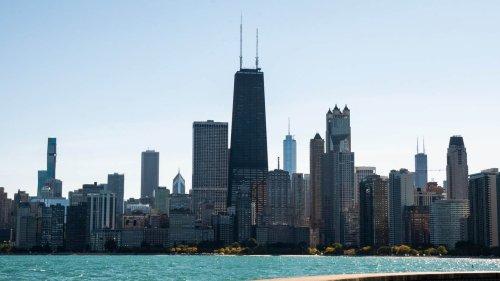 Universidade de Chicago tem bolsa para curso de verão online para estudantes do ensino médio