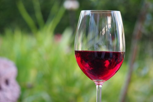 Food & Wine magazine highlights three Paso Robles syrahs