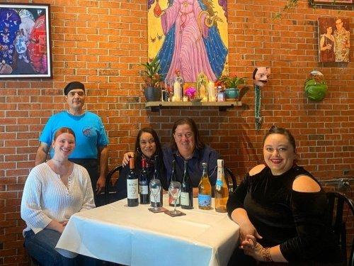 Business News: Winter Haven Food Tour, Davis Islands Wine Bar