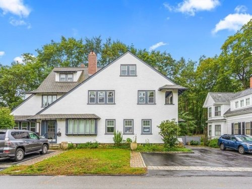 5 Wellesley Area Foreclosures Selling For Cheap