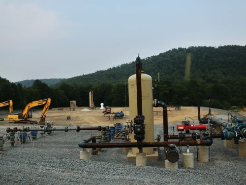 Congressional Panel Splits On Regulation Of 'Orphaned' Oil And Gas Wells