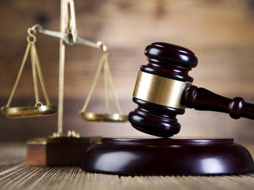 Ex-LIRR Conductor Pleads Guilty In Ticket Fraud Scheme