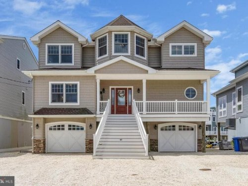 Just Listed In Manahawkin: $1.19M Home On The Water
