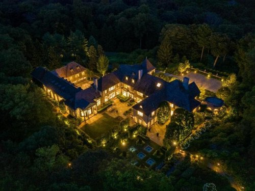 WOW House: Fully Furnished Estate In The Backcountry