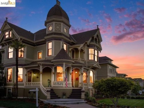Picturesque Victorian Mansion Just Listed In Alameda: $2.37M