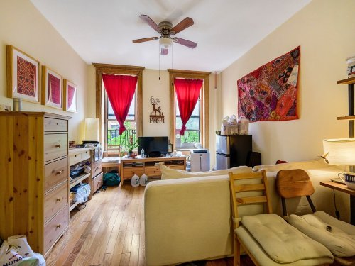Harlem: See 5 Nearby Homes For Sale