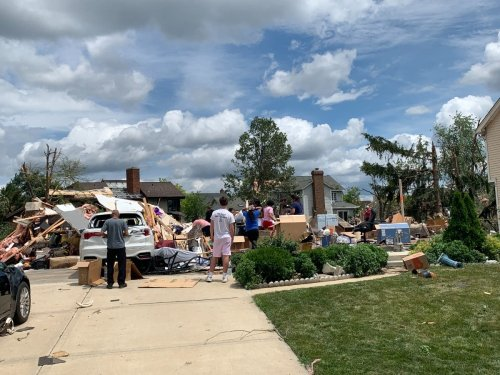 Illinois Tornado Recovery: Info On Food, Shelter, Other Resources