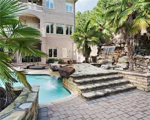 GA Dream Homes: Waterfalls, Movie Room, Hillside, Helicopter Pad