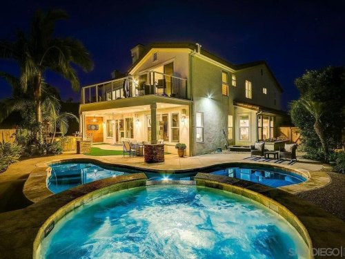 Carlsbad Prospective Homeowners: Look Through 5 New Properties For Sale