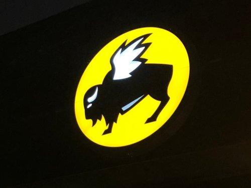Cobb Restaurant Inspections: Buffalo Wild Wings, Truist Park