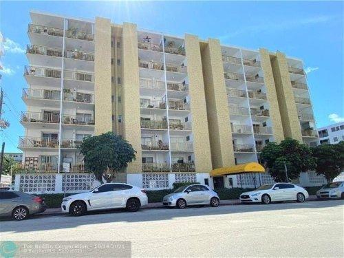 2 Miami Beach Area Foreclosures Selling Now