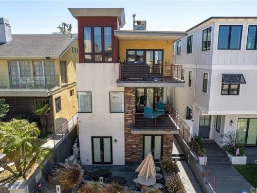 See The Newest Foreclosed Homes Available In Manhattan Beach Area