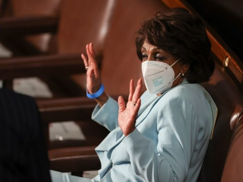 Maxine Waters Threatens To Sue Fox News Over Flight Report