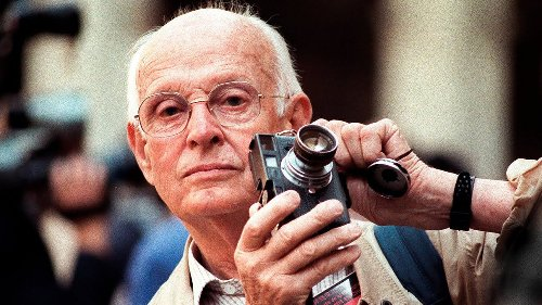 Learn how to take photos like Henri Cartier-Bresson - DIY Photography