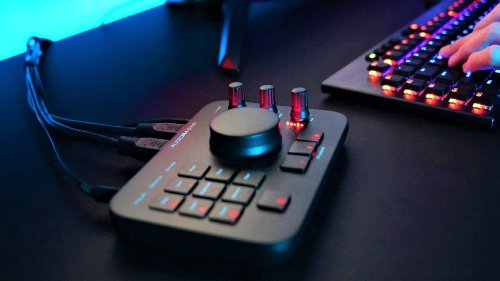 Audio Radar is an accessibility tool that turns gaming PC sounds into light cues
