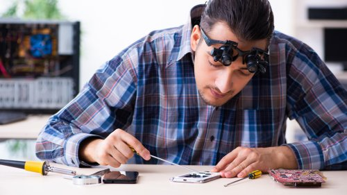 10 Things to Know Before You Buy Refurbished Electronics