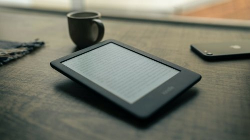 Old Kindles Will Start Losing Internet Access in December