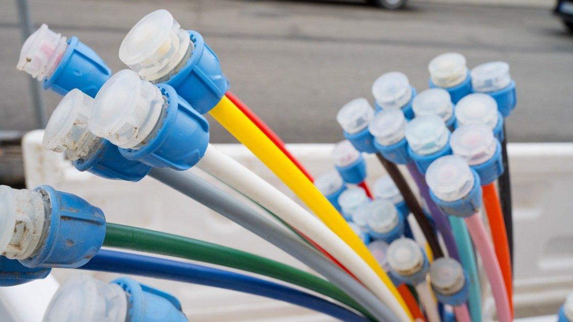 Senators: Broadband Speed Minimum Should Be 100Mbps for Downloads and Uploads