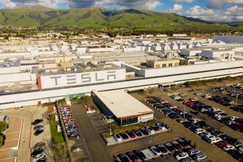 Silicon, USA - Tesla: Fremont, CA