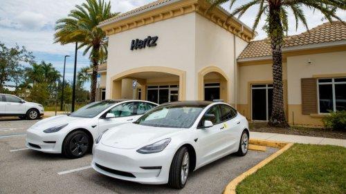 Hertz Orders 100K Teslas