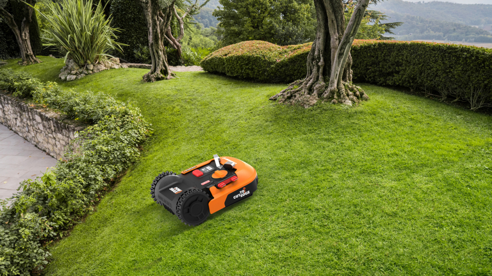 These Are the Best Robot Lawn Mowers for 2020