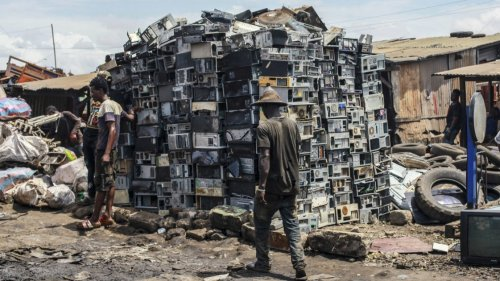 Cleaning Up the E-Waste Mess: Big Tech Needs to Do More